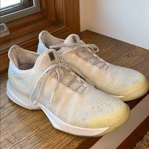 Adidas Adizero Ubersonic 3 LTD